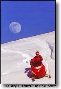 full moon, red Polaris